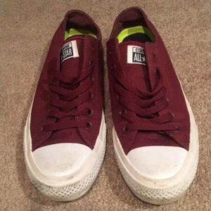 Chuck II low top converse with Nike sole maroon